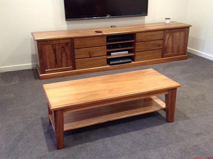 how to move furniture to tasmania